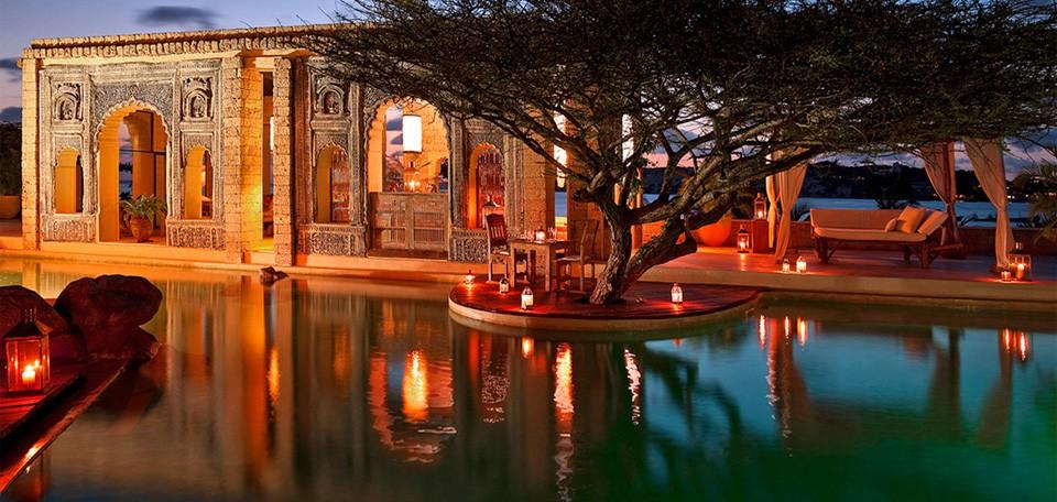 majlis resort lamu kenya luxury