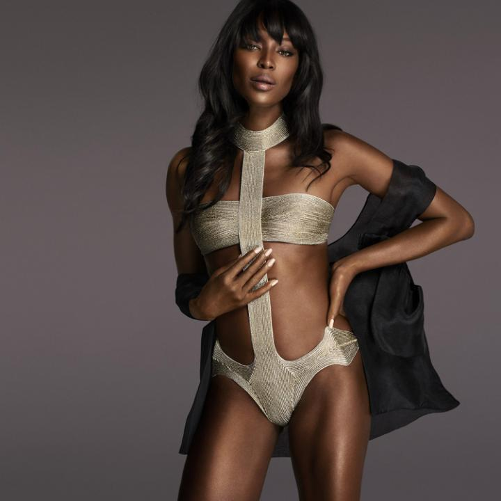 Naomi-Campbell-rocks-la-perla-swimsuit