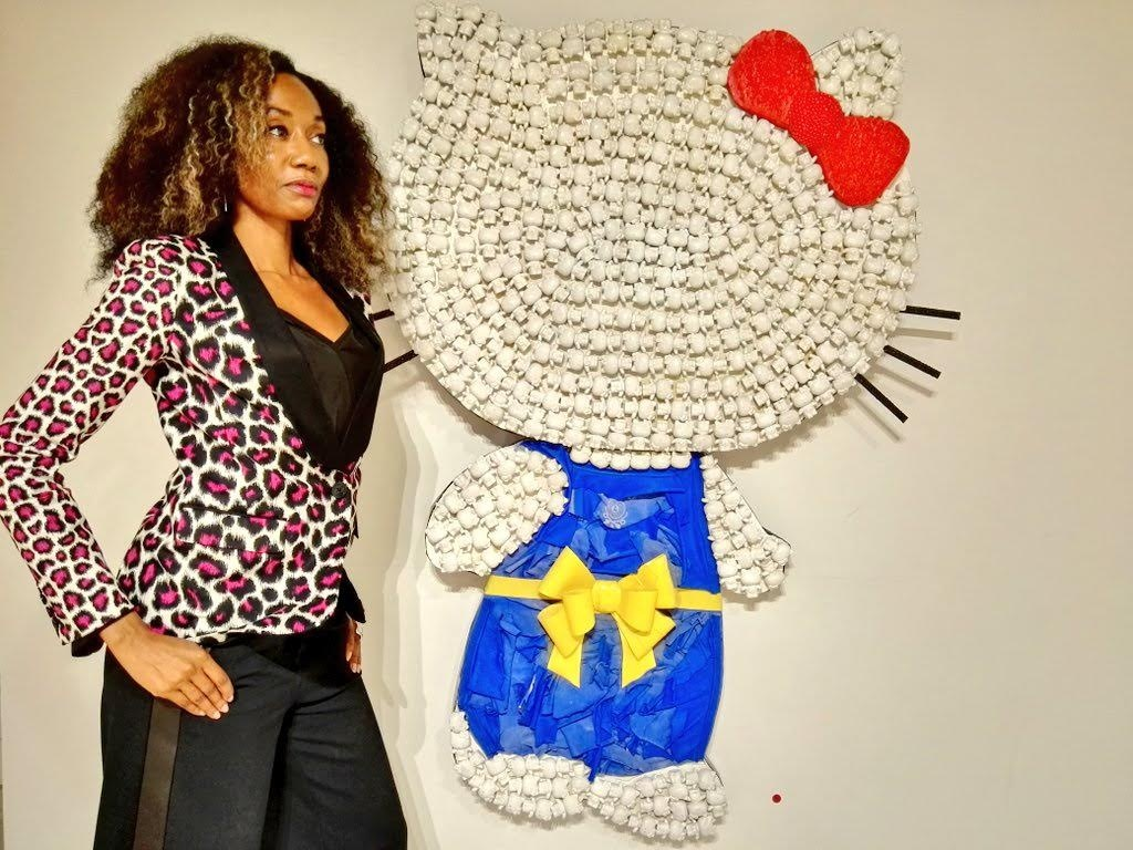 joy-donnell_beau_dunn_debuts_plastic-hello-kitty